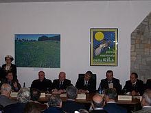 Inaugurazione della sede dell'Ente Parco Nazionale della Sila nel 2006, con Alfonso Pecoraro Scanio (allora Ministro dell'Ambiente), Mario Oliverio (Presidente della Provincia di Cosenza), Diego Tommasi (allora Assessore regionale all'ambiente) e l'arcivescovo di Cosenza-Bisignano Salvatore Nunnari