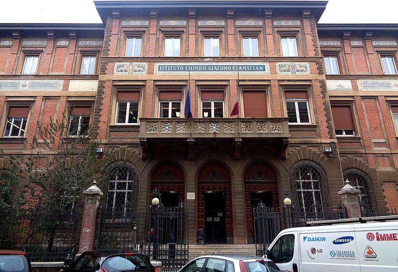 File:Instituto Chimico Giacomo Ciamician, Università di Bologna.jpg
