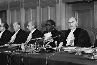 Taslim Olawale Elias - International Court of Justice (1979). From right: president Sir Humphrey Waldock, vice-president Taslim Olawale Elias