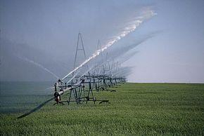 Penangkal petir untuk sistem irigasi.