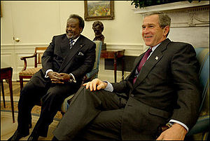 Ismaïl Omar Guelleh - Ismail Omar Guelleh meets U.S. President George W. Bush, January 21, 2003.