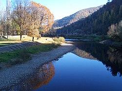 Iza folyó Máramarosszigetnél.jpg