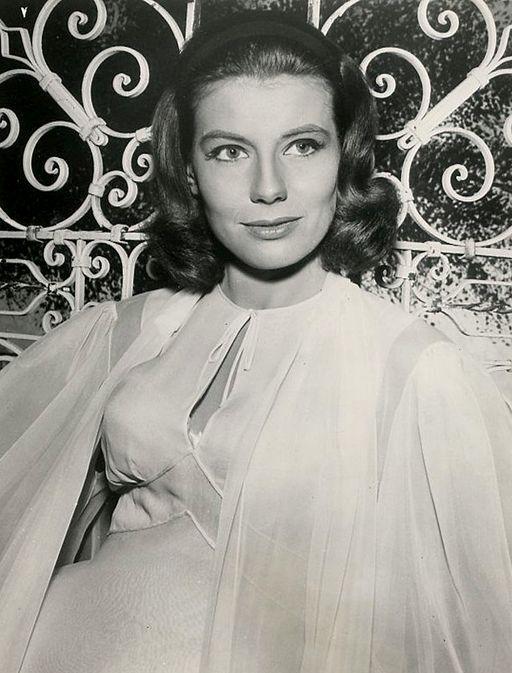 Jacqueline Beer 1962