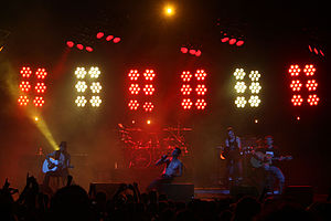Jane's Addiction - Jane's Addiction performing at Verizon Amphitheater in Charlotte, North Carolina in 2009