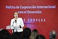 Jefa de Estado recibió la Política y Estrategia de Cooperación Internacional de Chile para el Desarrollo (27971532094).jpg