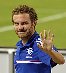Juan Mata Chelsea vs AS-Roma 10AUG2013.jpg