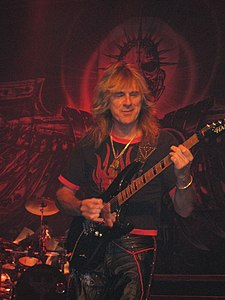 Judas Priest Retribution 2005 Tour Glenn Tipton.jpg