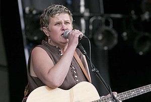 Julie Matthews - Julie Matthews at the 2005 Cropredy Festival