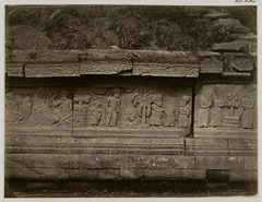 KITLV 28256 - Isidore van Kinsbergen - Relief on the west side of Panataran, Kediri - 1867-02-1867-06.tif