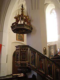 Ketrzyn bazylika sw Jerzego ambona 1.jpg