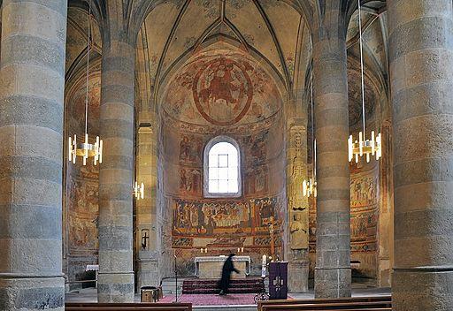 Klosterkirche St. Johann in Müstair (innen): Blick nordostwärts auf die drei Apsiden