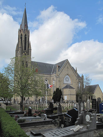 Koksijde - Image: Koksijde, de Sint Pieterskerk foto 2 2013 05 11 16.37