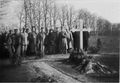 Kornilov's grave. Denikin and others. 1919.png