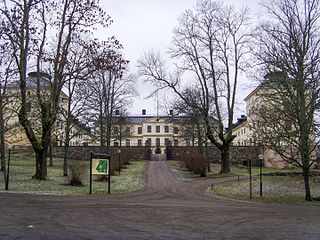 Lövstad Castle was built 1630-1660 for the Field Marshal and Count Axel Lillie and his wife Christina Mörner.