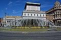 La fontana e il Teatro Carlo Felice.JPG