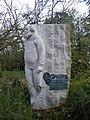 La statue de glenmor au jardin du thabor - panoramio.jpg