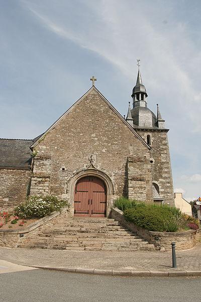 Église Saint-Pierre de Lanouée (Morbihan, Bretagne).