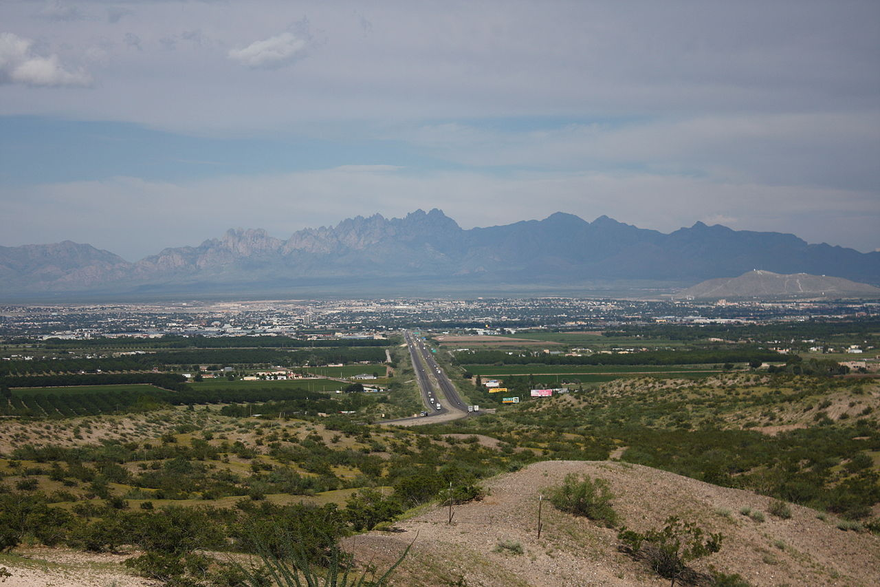 File Las Cruces Nm And Organ Mountains Jpg Wikimedia Commons