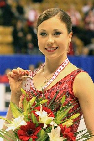 Laura Lepistö - Lepistö at 2009 Skate Canada.