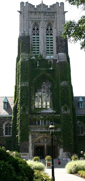 Lehigh Valley - Alumni Memorial Building at Lehigh University in Bethlehem, 2005
