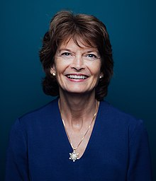 Lisa Murkowski official photo.jpg