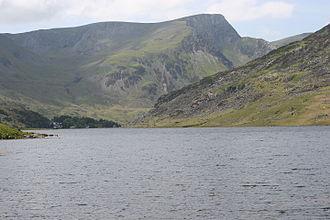 Llyn Ogwen - looking north to Foel-goch