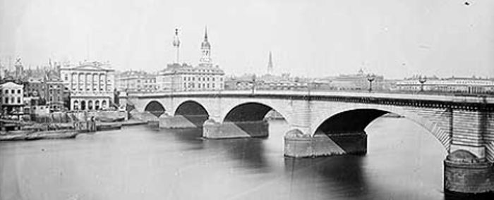 London Bridge Lake Havasu City Wikipedia