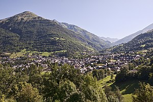 Luz-Saint-Sauveur - The village of Luz-Saint-Sauveur