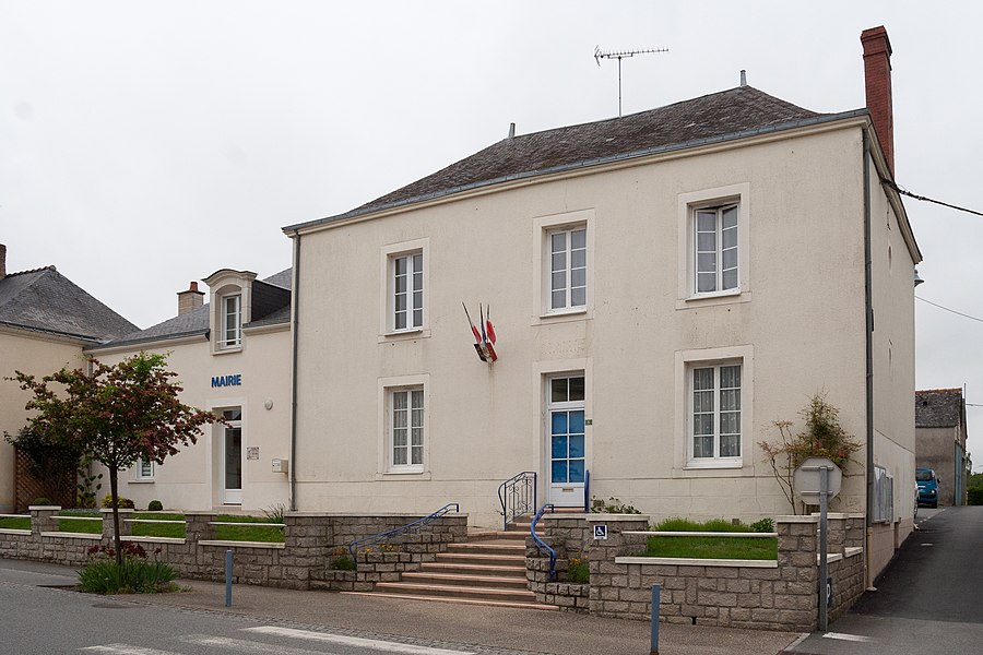 Town hall of Méral.