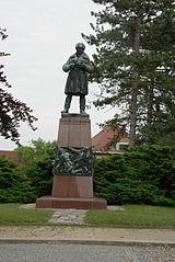 Socha kapitána Jaroše