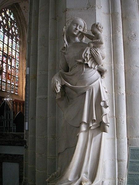 http://upload.wikimedia.org/wikipedia/commons/thumb/0/0d/Madonna_mit_Kind_Antwerpen.JPG/450px-Madonna_mit_Kind_Antwerpen.JPG