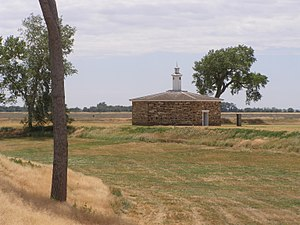 Fort Larned National Historic Site - Image: Magazine P5310615
