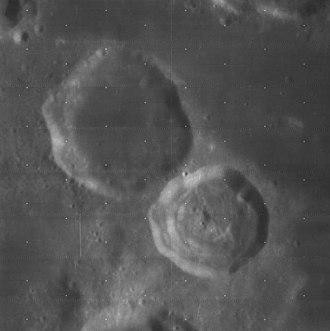 Magelhaens (lunar crater) - Lunar Orbiter 4 image of Magelhaens (upper left) and Magelhaens A (lower right)