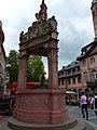 Mainz – Renaissance-Brunnen - panoramio.jpg