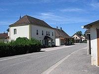 Mairie-montret-2012.JPG