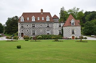Rouxmesnil-Bouteilles Commune in Normandy, France