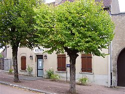 Mairie de Cervon.jpg