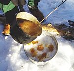 Sugar on snow being made