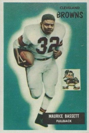 Mo Bassett - Bassett on a 1955 Bowman football card