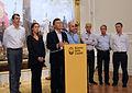 Mauricio Macri anunció la ampliación de los subsidios para los damnificados por el temporal (8621164821).jpg