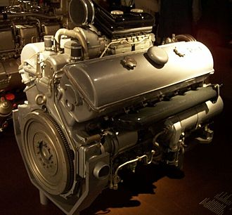 Panzer IV - The 300 horsepower Maybach HL 120TRM engine used in most Panzer IV production models.