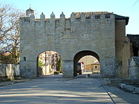 Medina de Rioseco Puerta san Sebastian ni.jpg