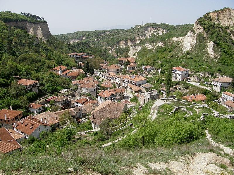 File:Melnik panorama.jpg