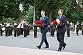 Melnkalnes premjers un Ministru prezidents Valdis Dombrovskis noliek ziedus pie Brīvības pieminekļa 31.08.2011. (6099390752).jpg