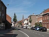 Merksplas, straatzicht met kerk op achtergrond foto1 2010-10-03 14.08.JPG