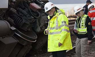 December 2013 Spuyten Duyvil derailment - NTSB investigators inspect the site of the derailment