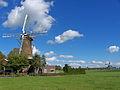 Molen De Hoop, Oud-Alblas links, Wingerdse Molen rechts 29-09-2012.jpg