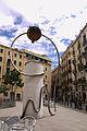 Monument, conegut popularment com L'oliva o El tripi - Leandre Cristòfol.jpg