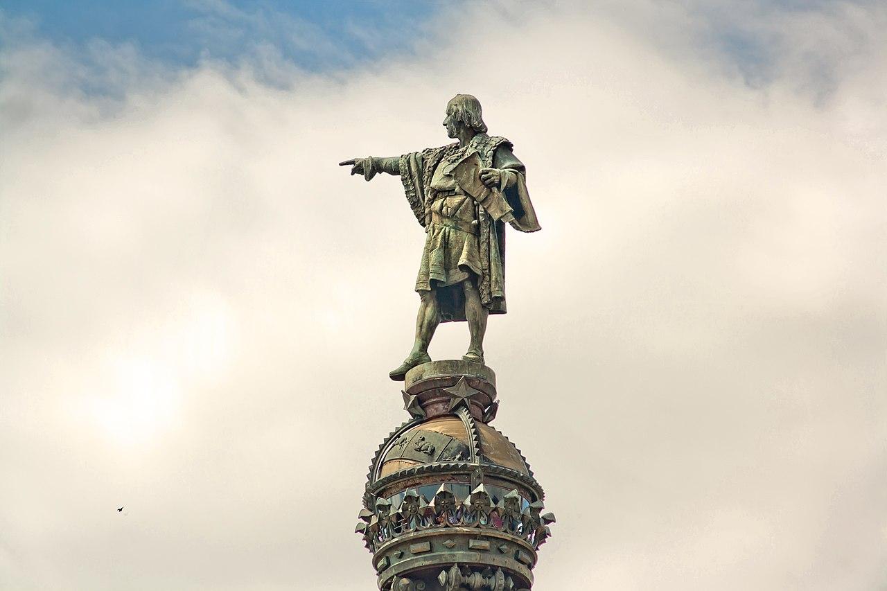 Risultati immagini per colombo statua barcellona
