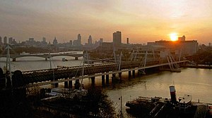 English: Morning has broken The City of London...